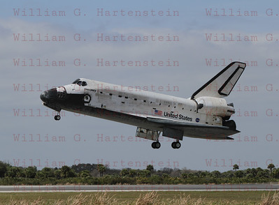 STS-133 Discovery's last landing KSC 15 Mar. 9, 2011