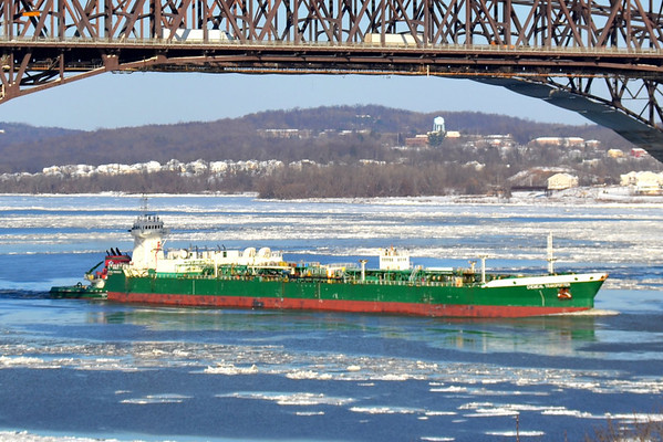 ATB( articulated tug bardge) Freeport