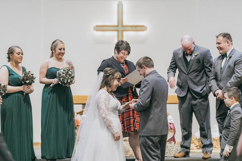 Johnna_Derek_Wedding_La_Casa_Grande_Beloit_Wisconsin_December_15_2018-167.jpg