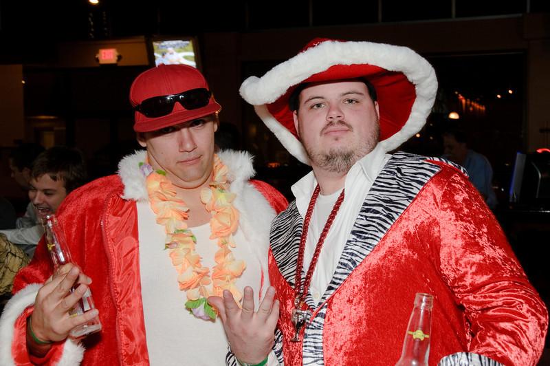 2009 ALS Santa Crawl-126.jpg