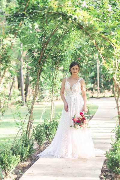 Daria_Ratliff_Photography_Styled_shoot_Perfect_Wedding_Guide_high_Res-165.jpg