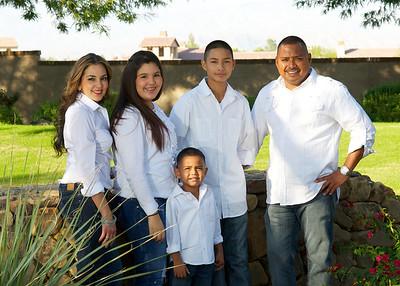 Escalera Family Holiday Photos