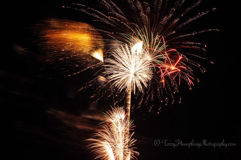 2019 Paradise Fireworks-116.jpg