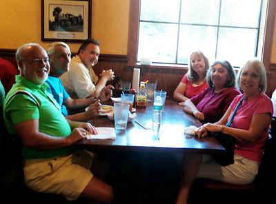 09.11.13~Dinner at Oakwood Smokehouse