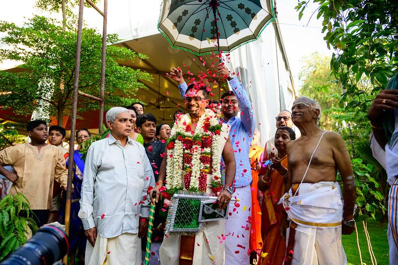 2019-12-Ganesh+Supriya-5181.jpg