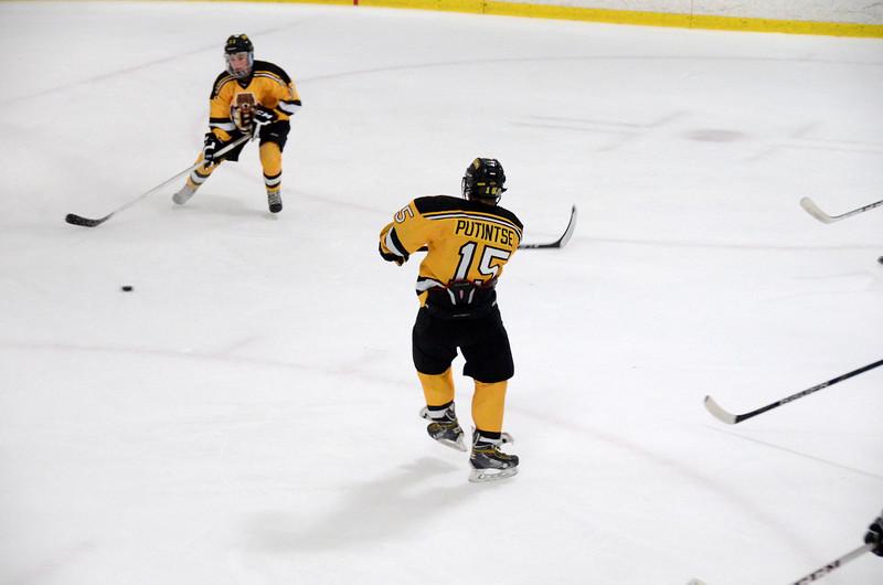 140913 Jr. Bruins vs. 495 Stars-136.JPG