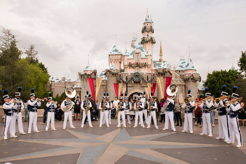 2016-11-19 Disneyland 026.jpg