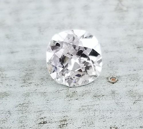 0.80ct Antique Cushion Cut Diamond - Est. J/K, I1