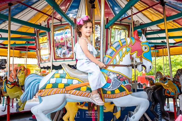 Sessão de fotos infantil no Parque Guanabara da Letícia
