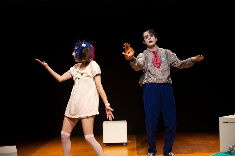 Allan Bravos - essenCIA Teatro - Persona 07-122.jpg