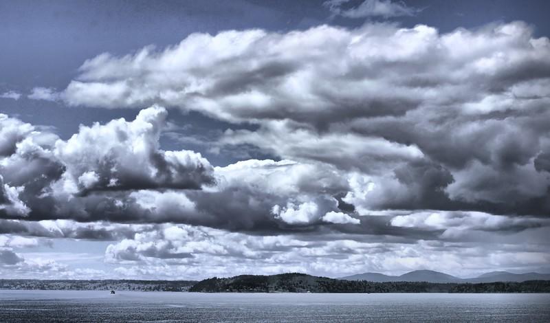 14_April Clouds 2016_Jag__Nw.jpg