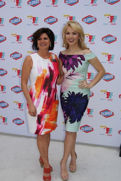 Debbie Alsup_Miss America Savvy Shields 3.JPG