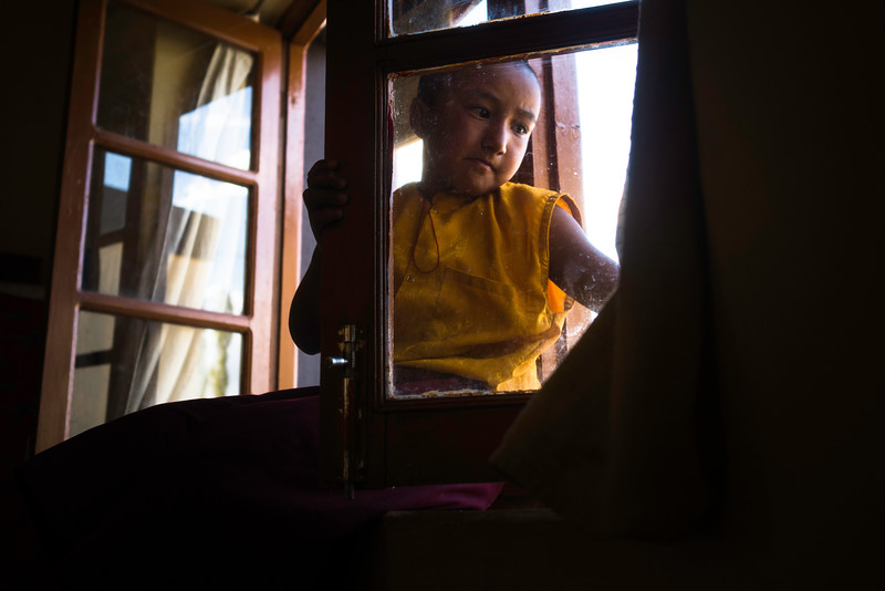 The school holidays have begun and this time Skarma's parents have not come to take her home. Rest of the nuns have already left for their homes, a difficult journey to Zanskar which takes almost 2 days by road.