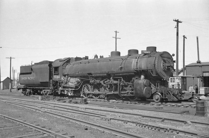 UP_2-10-2_5044_Cache-Jct_Aug-15-1948_004_Emil-Albrecht-photo-0242-rescan.jpg