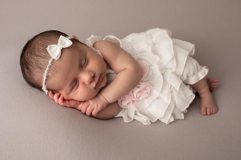 Baby Penelope-20.jpg
