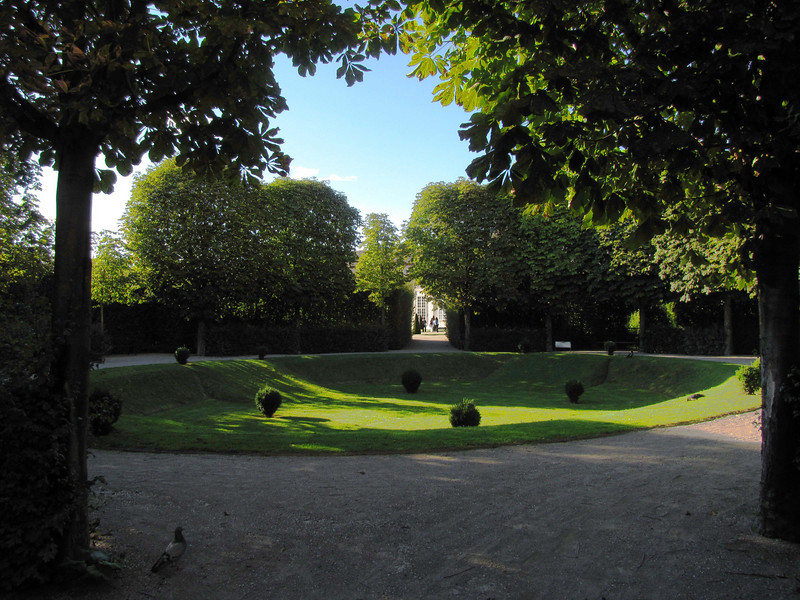 17-In a sunken garden, looking toward Lower Belvedere