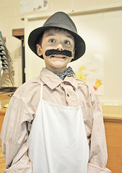 4/11/2014 Munger Hill 2nd Grade Living Wax Museum