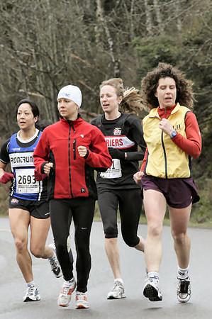 2005 Comox Valley Half Marathon - ComoxHalf2005-Al-Livsey-079.jpg