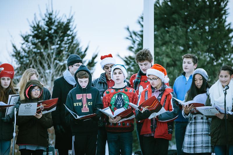 Mike Maney_Tohickon Chamber Choir Plumsteadville Tree Lighting 2017-27.jpg
