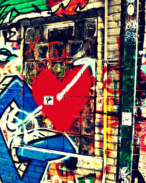 Grafitti heart.jpg