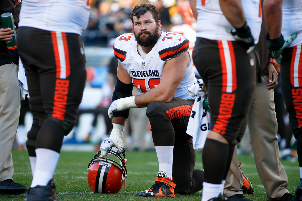 . Cleveland Browns tackle Joe Thomas (73) takes a knee during a timeout during an NFL football game against the Pittsburgh Steelers, Sunday, Nov. 15, 2015, in Pittsburgh. (AP Photo/Gene J. Puskar)
