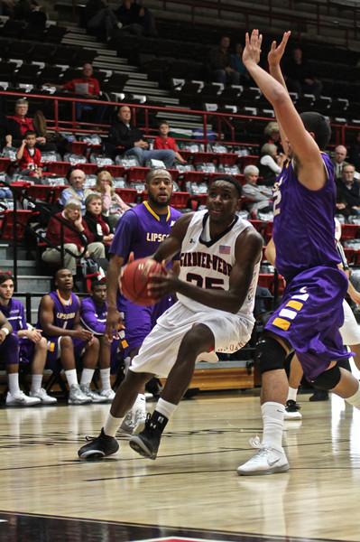 GWU basketball played Lipscomb college. Final Score GWU 62 Lipscomb 66