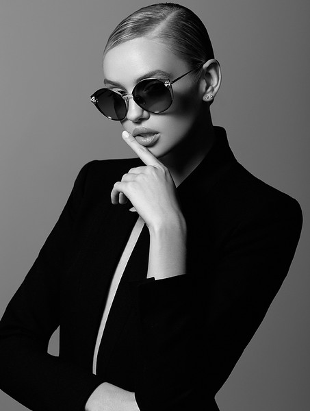 Photography-Creative-Space-Artists-NYC-Emil-Sinangic-Fashion-Commerical-Photo-Agencies-Accesories-Sunglasses-83.jpg