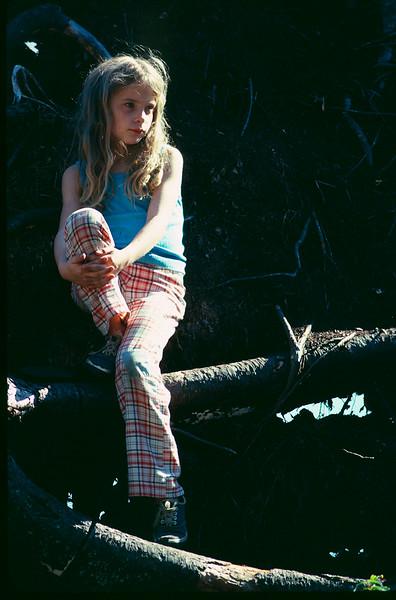 1975 10 Heather 3.jpg