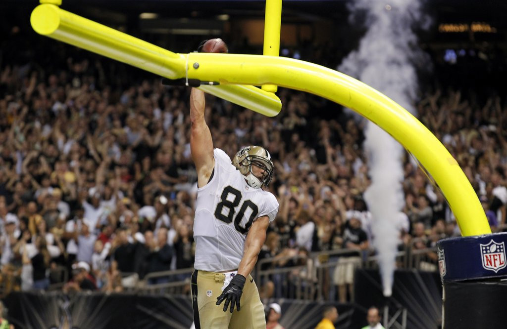 """. <p>6. GOALPOST DUNKING <p>NFL pushes aside concussion worries so it can focus on the REALLY big issues. (unranked) <p><b><a href=\'http://www.usatoday.com/story/sports/nfl/2014/03/26/why-ban-goal-post-dunking-and-not-the-lambeau-leap/6907563/\' target=\""""_blank\""""> HUH?</a></b> <p>    (AP Photo/Bill Haber, File)"""