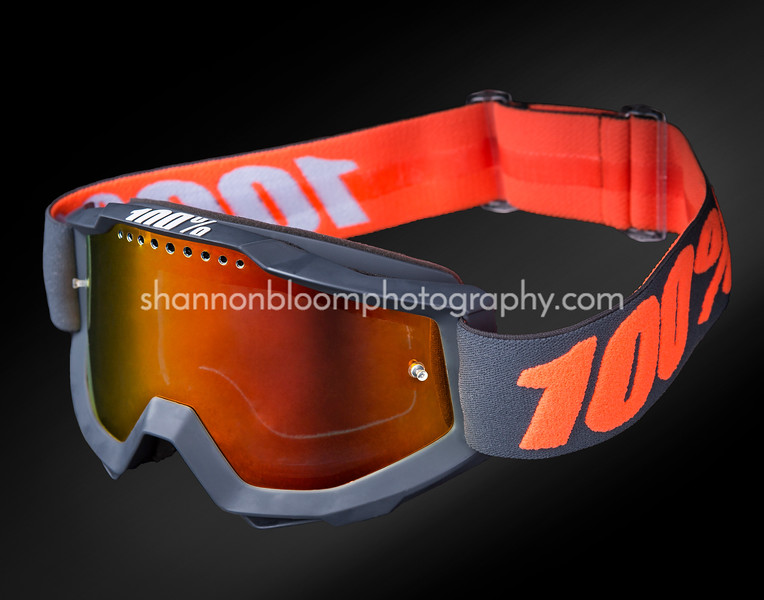 24-Bloom-Shannon-Shannon - Phase 4 yes- Goggles0075-Edit-2-P4-M_N.jpg