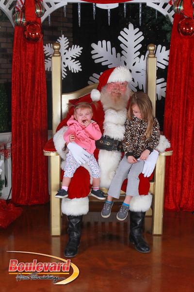 Santa 12-17-16-400.jpg