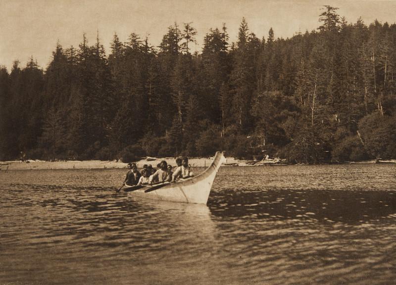 Quinault War Canoe (The North American Indian, v. IX. Norwood, MA: The Plimpton Press, 1913)