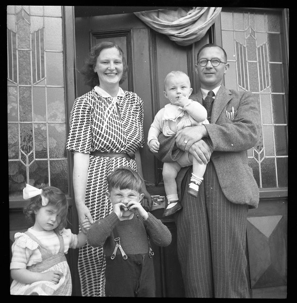 Billy and Freda Steele and family, North Ireland, 1949