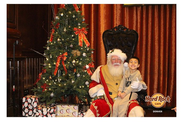 12.8.18 Hard Rock Cafe Breakfast with Santa
