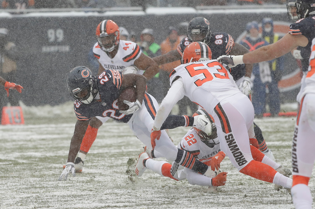 . Chicago Bears running back Tarik Cohen (29) runs against the Cleveland Browns in the first half of an NFL football game in Chicago, Sunday, Dec. 24, 2017. (AP Photo/Charles Rex Arbogast)