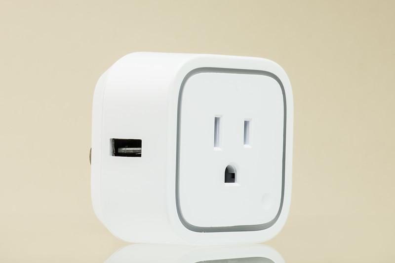 AEOTEC Smart Plug US-002-Edit.jpg