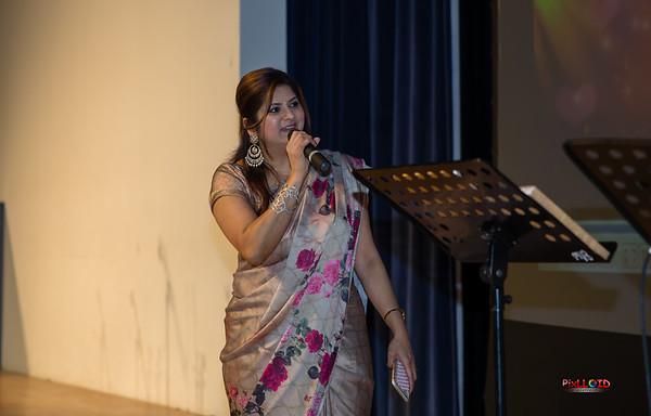 RAGAM UK's musical concert & Title for Melody singer Sunitha!