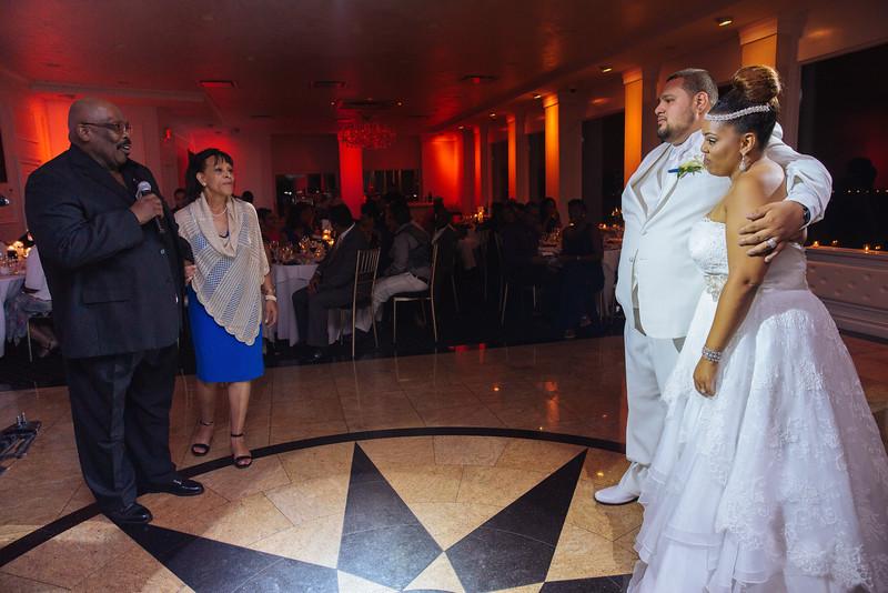 MER__1339_tonya_josh_new jerrsey wedding photography.jpg