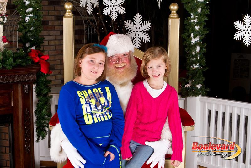 Santa Dec 8-185.jpg