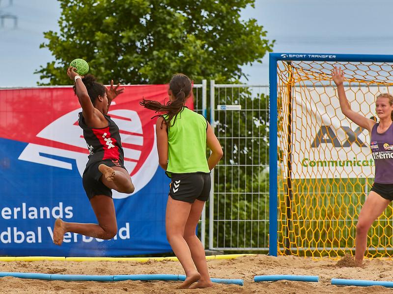 Molecaten NK Beach Handball 2017 dag 1 img 604.jpg