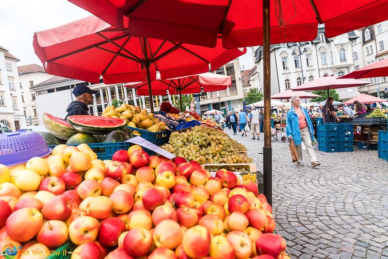 Cabbage-Market-04309.jpg