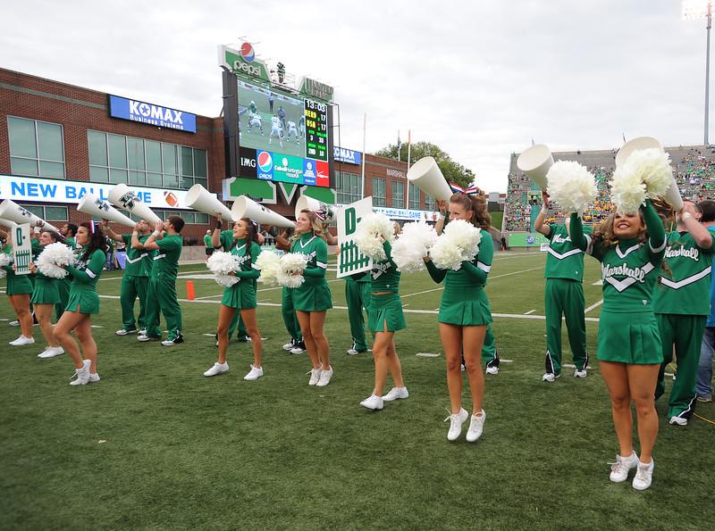 cheerleaders2628.jpg
