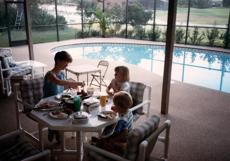 1985_Fall_New_Home_in_Longwood_0015_a.jpg