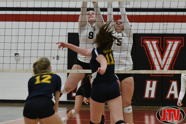 MHSAA Division 3 District Volleyball Vandercook Lake vs Grass Lake 11-7-19