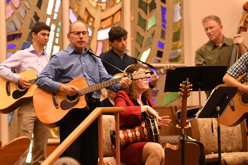 2017 TBE Rabbi Sing Along