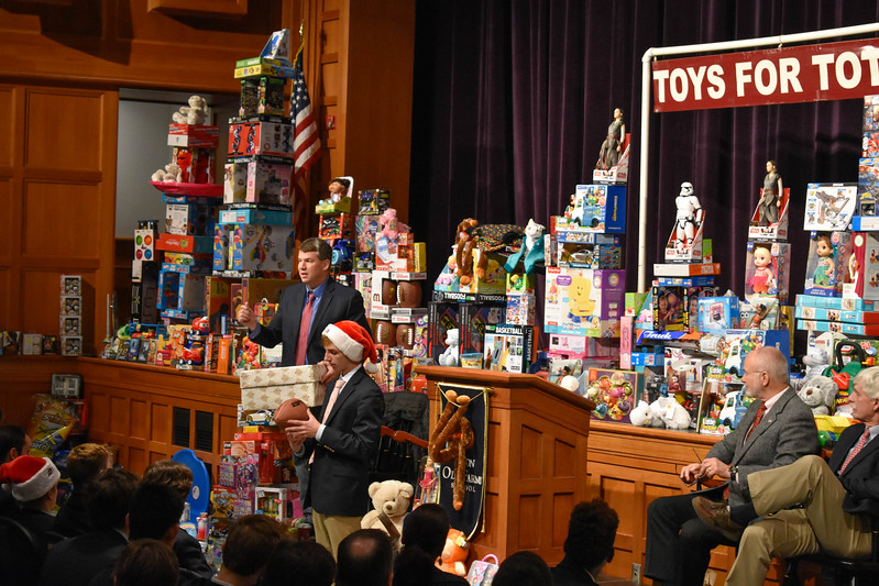 Toys for Tots_-5267.jpg