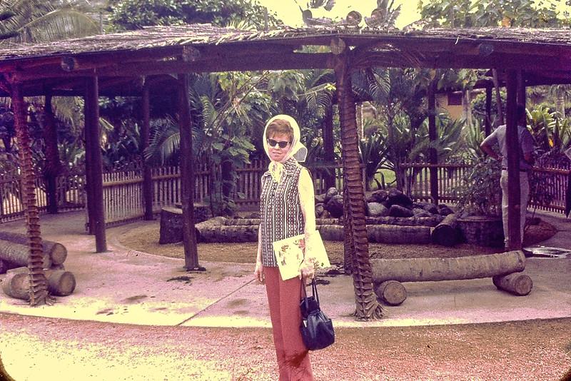 Jo Hawaii 1970