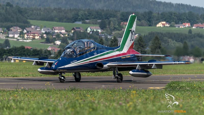 ItAF 313 Gruppo PAN / Aermacchi MB-339 PAN / MM54480 10 / Frecce Tricolori