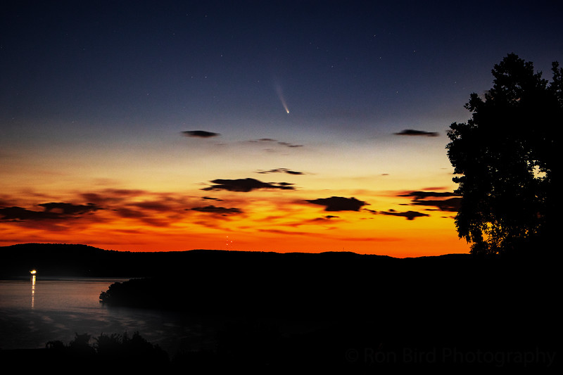7.13.20 - Comet NEOWISE 5am this morning over Prairie Creek form Eagle Crest.