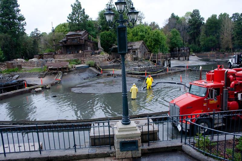 2010 - Jan - 18-24 - Family Disneyland Trip-8264